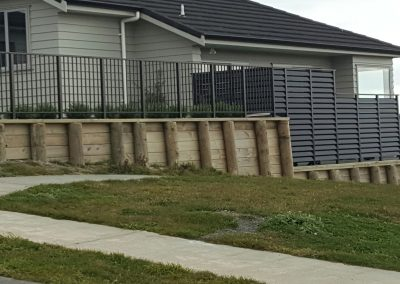 Boundary Fence with Baluster and Aero Blade Screen