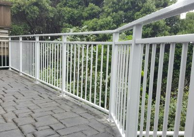 Decor Duo Balustrade with mid rail for style, safety and clear view under the rail