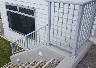 Decor Modern Balustrade and infill Balusters with Handrail