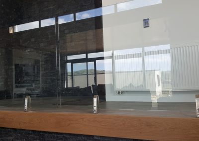 Frameless Glass Vice Balustrade for uinterrupted light flow, safety and style