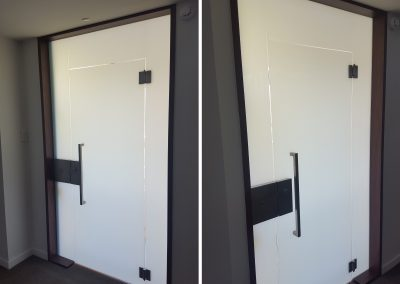 Opaque Float Toughened Glazed Single Swing Elevator Door