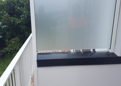 Opaque Glass Privacy Screen