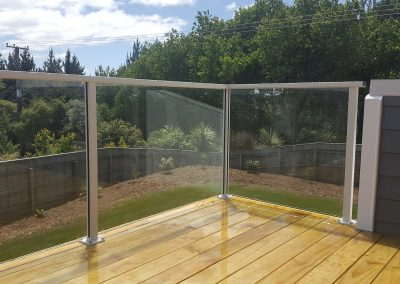 Semi-Frameless Glazed Southern Lites Balustrade is visually stunning with easy maintenance