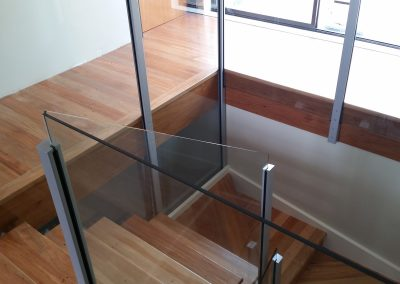 Vetro Glazed Balustrade with protruding glass for elegant finish