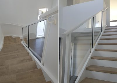 Semi-Frameless Glazed Spectra Balustrade colour matched with Decor handrails