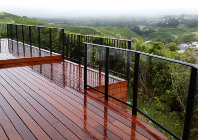 Framed Vista Balustrade with Glass and Balusters combination