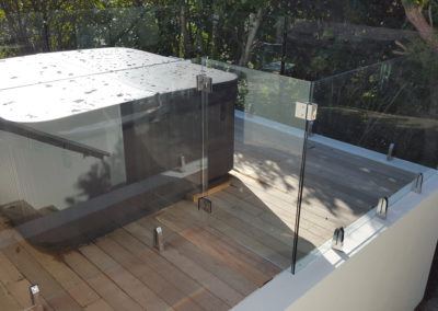 Glass Vice top fixed spa pool gate and fence